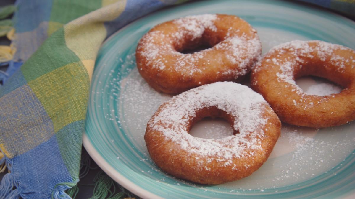 Recetas de Rosquillas al horno fáciles y deliciosas paso a paso.