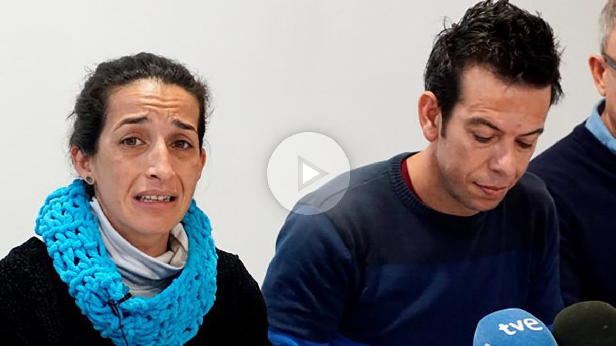 Patricia Ramírez y Ángel Cruz, padres de Gabriel, el niño de 8 años desaparecido en Níjar, Almería. (Foto: EFE)