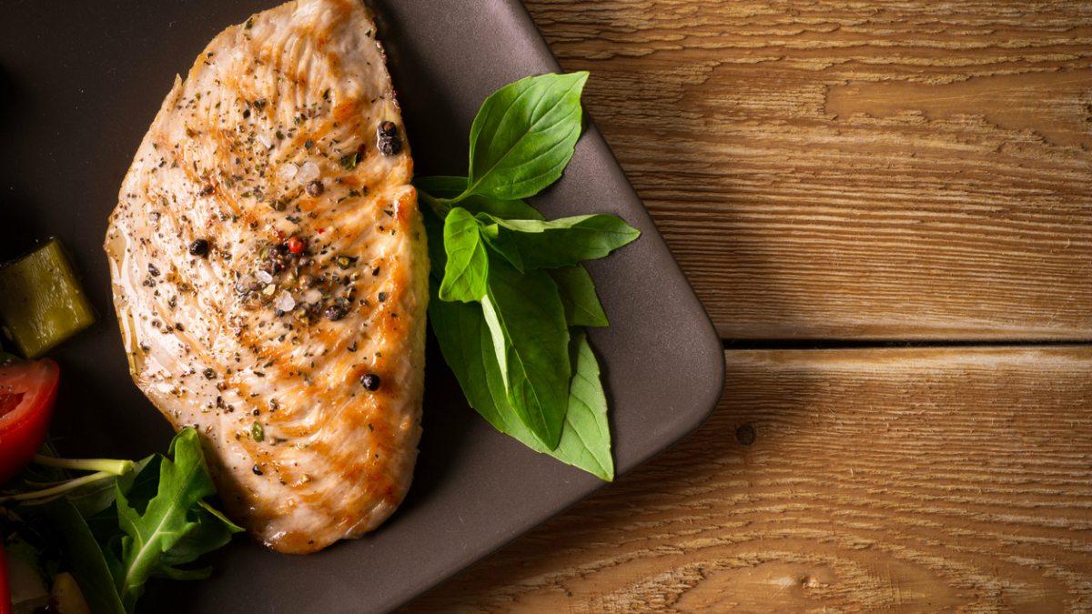 Carne del mercado latina julieta perez tries colombian rod - 1 4