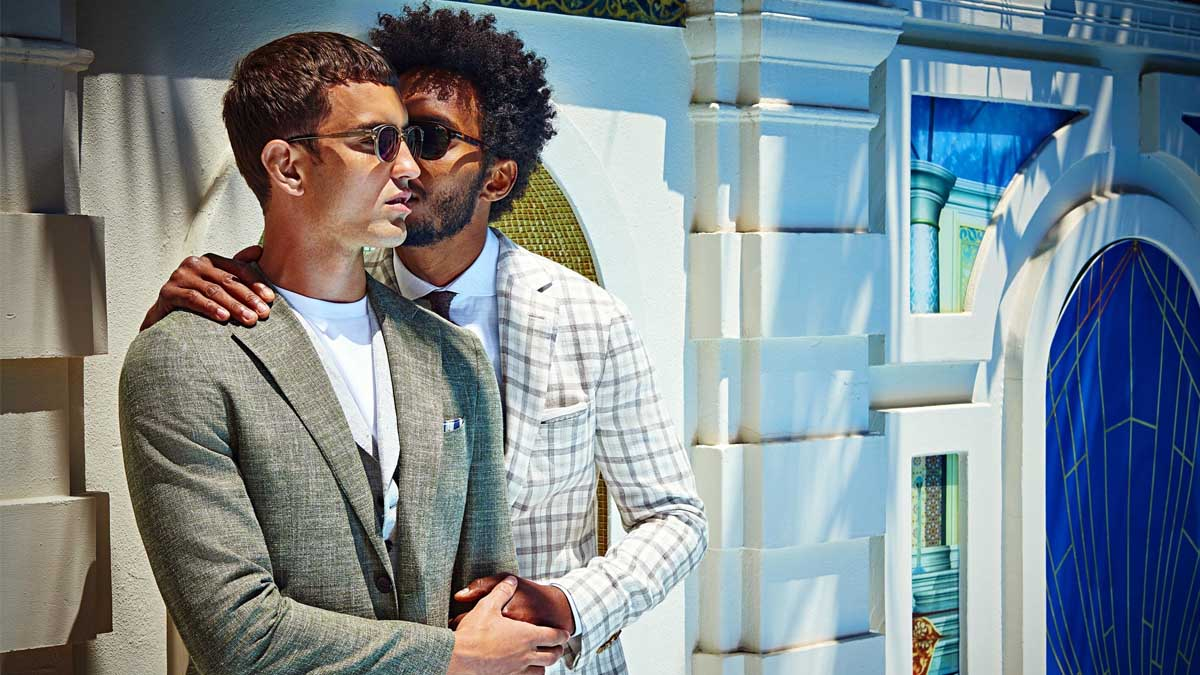 El amor gay es el protagonista absoluto de la campaña de primavera-verano 2018 de la marca de sastrería masculina Suitsupply