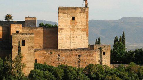 La Torre de la Vela en la Alhambra de Granada.