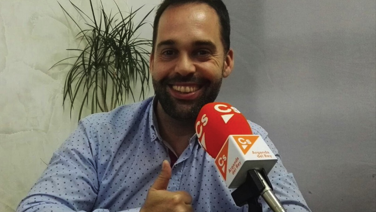 Carlos Jiménez, portavoz de Ciudadanos en Arganda. (Foto: TW)