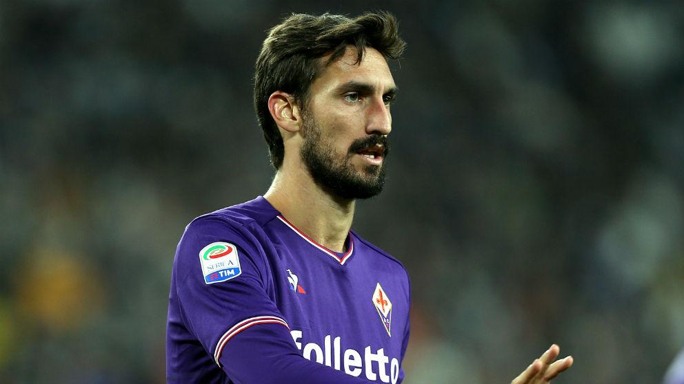 Davide Astori, durante un partido con la Fiorentina. (Getty)