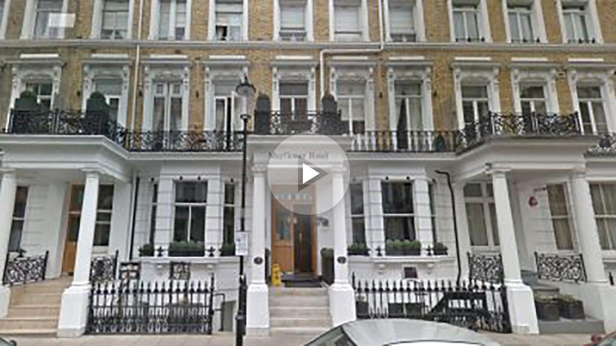 El español fallecido y su compañero en estado crítico se alojaban en el hotel Mayflower de Londres. Foto: google