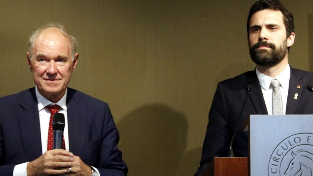 El presidente del Círculo de Directivos de Habla Alemana, Albert Peters, junto al Presidente de la Mesa del Parlamento catalán.