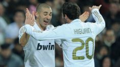 Benzema e Higuaín, en un partido con el Real Madrid. (Getty)