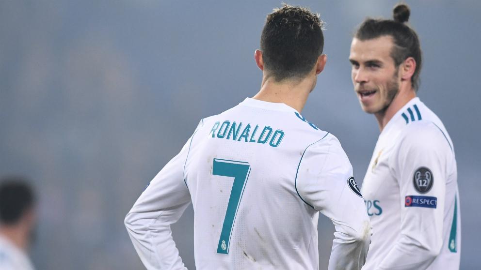 Cristiano y Bale, en el partido ante el PSG. (AFP)