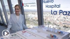 Cristina Cifuentes presentando el nuevo Hospital de La Paz.