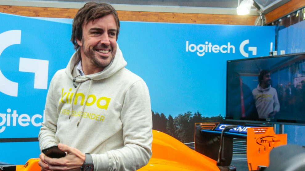 Fernando Alonso, en los test de Barcelona. (Getty)
