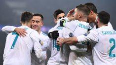El equipo celebra el gol de Casemiro ante el PSG (AFP).