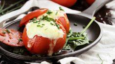 Receta de Tomates rellenos de queso y jamón fácil de preparar