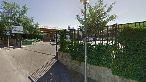 Acceso al colegio Logos, en Las Rozas (Madrid).