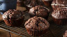 Receta de Muffins de chocolate esponjosos paso a paso