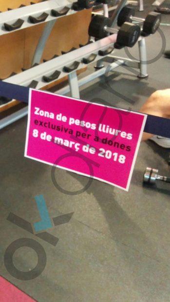 El gimnasio de la Autónoma de Barcelona cierra la sala de pesas a los hombres para no molestar a las mujeres