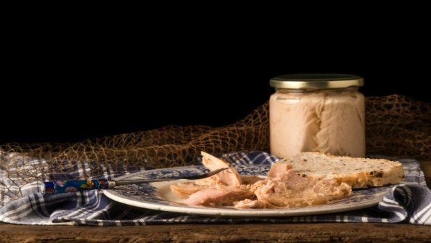 Macarrones con atún y mayonesa