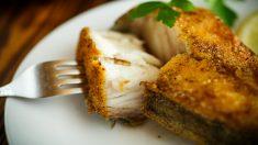 Receta de Merluza rebozada: Cocina merluza a la romana paso a paso