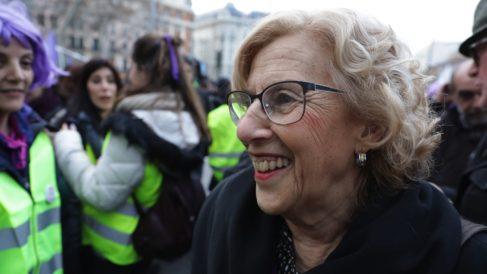 La alcaldesa en la manifestación del 8M. (Foto: Madrid)
