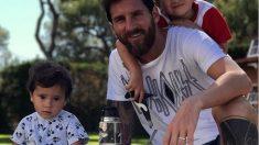 Leo Messi junto a sus dos hijos mayores