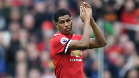 Rashford aplaude al público de Old Trafford. (Getty)