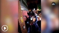 Decenas de vecinos aporrean la verja de la Comandancia donde está Ana Julia Quezada