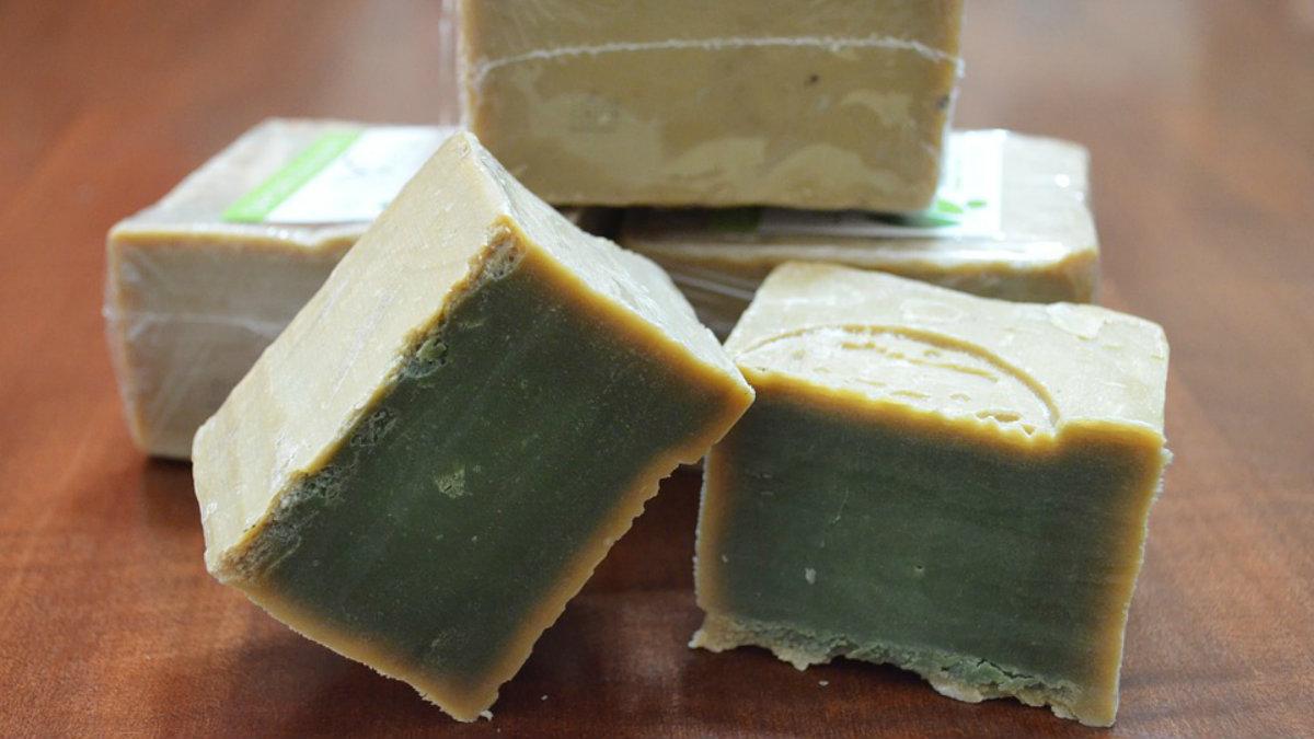 Cómo hacer jabón con sosa caústica