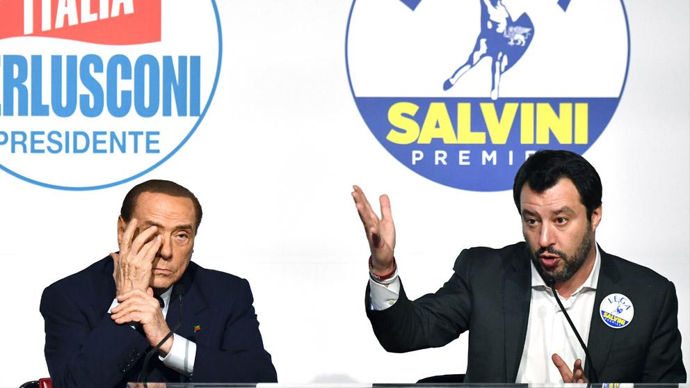 Silvio Berlusconi y el líder de la Liga Norte Matteo Salvini (Foto: AFP)