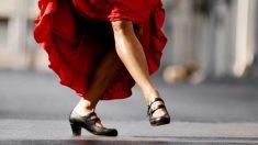Todos los pasos para aprender a bailar sevillanas.