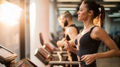 Combina siempre la rutina de ejercicios con un dieta sana y equilibrada.