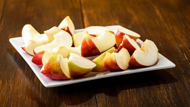 Receta de pierna de jabalí al horno con puré de manzanas