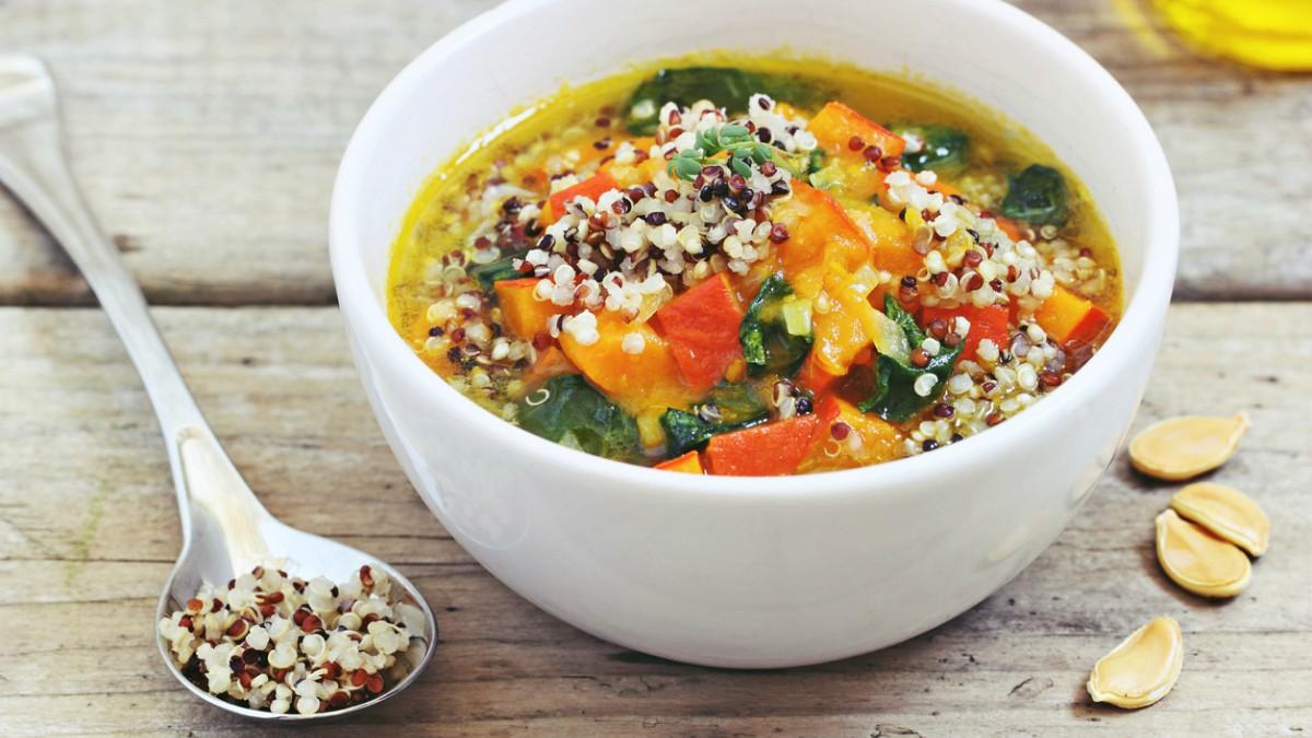Sopa de quinoa y verduras