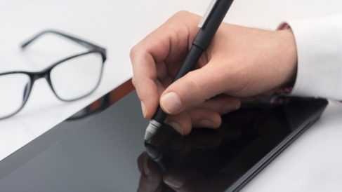 Docuten, la herramienta que permite tanto la facturación electrónica como la firma biométrica.
