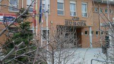 Entrada principal del colegio Europa de Pinto (Madrid), dónde se investiga un caso de posible intento de secuestro de un menor.