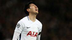 Heung-Min Son se lamenta tras fallar una ocasión con el Tottenham. (Getty)