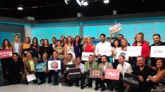 Foto de los presentadores de la TV Murcia durante la presentación de la nueva programación.