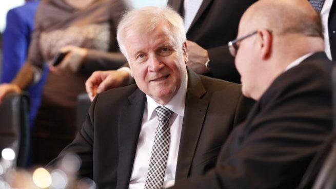 El nuevo ministro del interior alem n horst seehofer el for Nuevo ministro del interior