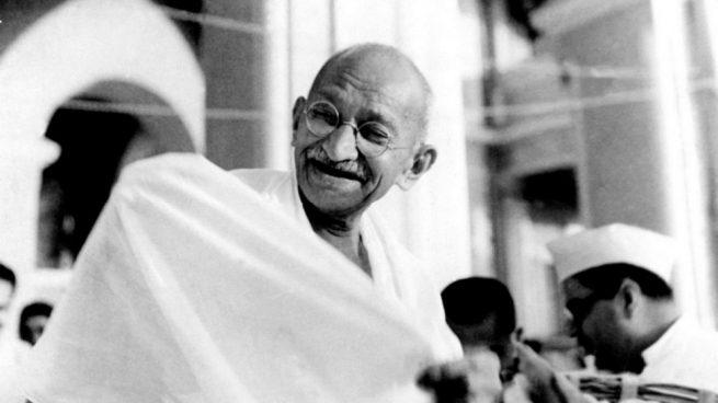 10 Frases De Mahatma Gandhi El Célebre Político Pacifista