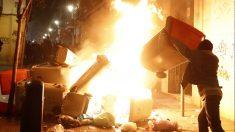 Graves incidentes tras la muerte de un 'mantero' en Lavapiés. (Foto: EFE)