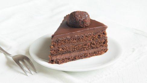 Tarta de Chocolate raw: Receta crudivegana paso a paso