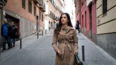 Begoña Villacís, portavoz de Ciudadanos en el Ayuntamiento de Madrid, pasea por el barrio de Lavapiés tras los disturbios. Foto: EFE