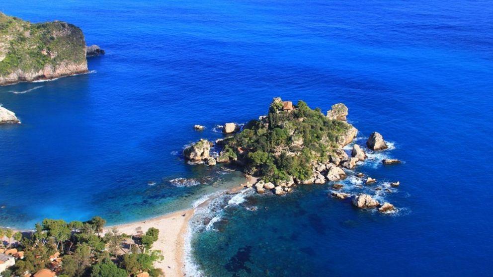 Descubre Sicilia y todos los rincones, lugares y restaurantes que no debes perderte.