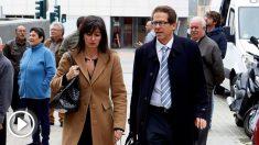 Beatriz Gámez y Esteban Hernández Thiel, abogados de Ana Julia Quezada, asesina confesa de Gabriel Cruz. (Foto: EFE)