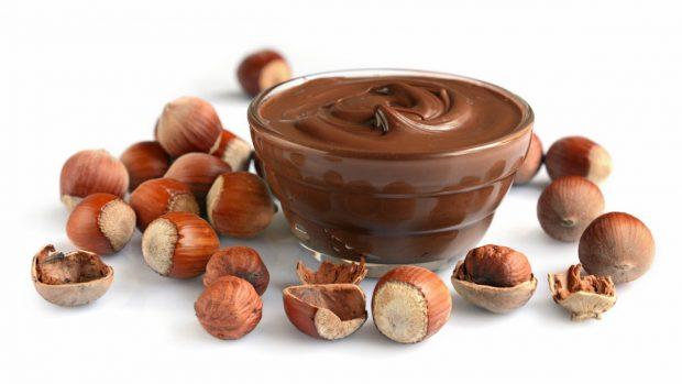 Receta de vasitos de chocolate y avellanas veganos