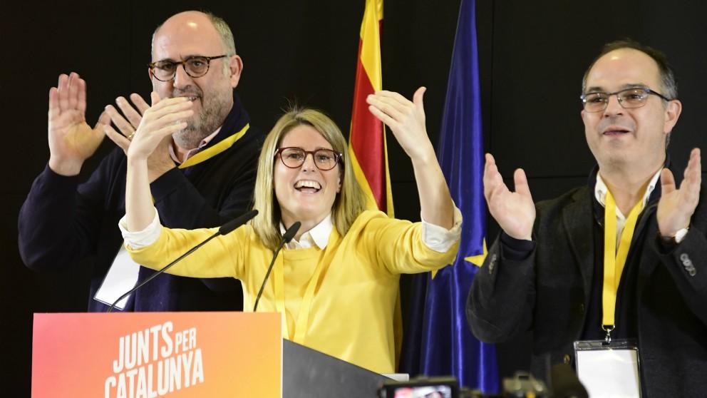 Artadi (centro) y Turull (derecha) en un acto. (AFP)