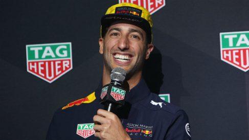 Daniel Ricciardo es la gran joya del mercado de pilotos de cara a la temporada 2019, donde podría recalar en Mercedes o Ferrari en el caso de decidir no continuar pilotando para Red Bull. (getty)