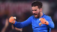 El-portero-de-la-Roma,-Alisson-Becker,-podría-ocupar-la-portería-del-Real-Madrid-el-próximo-año-(AFP)