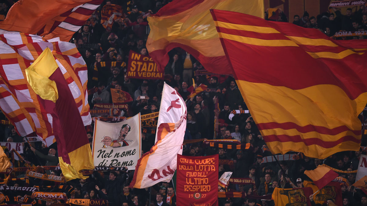 Los aficionados de la roma se quejan por el atraco que el for Cuarto que toda army quiere tener