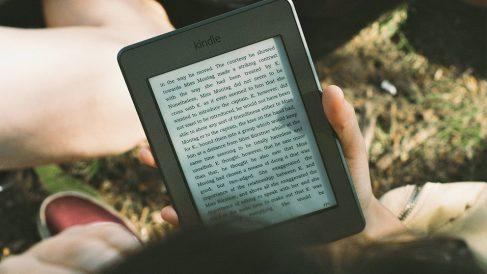 Nubico revela los datos más interesantes sobre lectura digital del año pasado. ¿Sabías que leemos unos 14'4 libros al año?