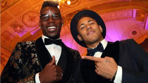 Pogba y Neymar, en una gala de premios. (Getty)