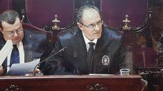 El abogado de Iñaki Urdangarin, Mario Pascual Vives, en la vista del caso Nóos en el Tribunal Supremo.