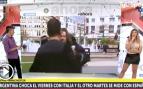 Un mendigo intenta agredir a un reportero mientras informa sobre la selección argentina